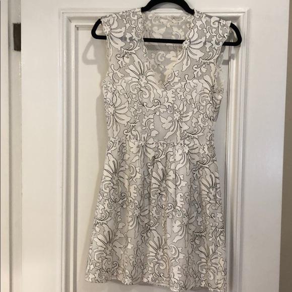 Dolce Vita Dresses & Skirts - Dolce Vita Lace Mini Dress